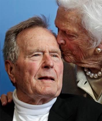 George H. W. Bush mit Frau Barbara (2010). ap