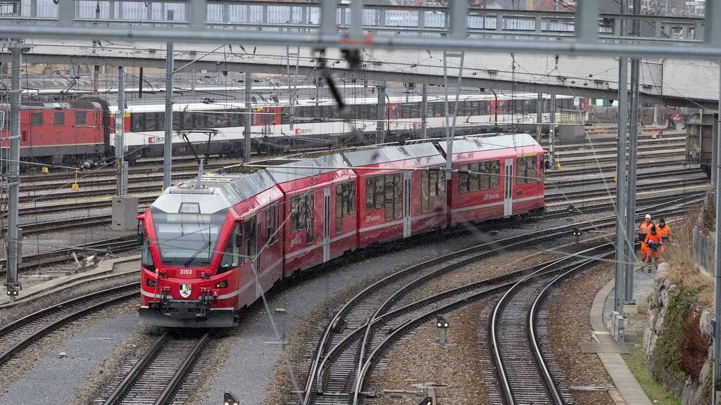 Der Zug nach Arosa ist nach Chur entgleist. (Symbolbild)