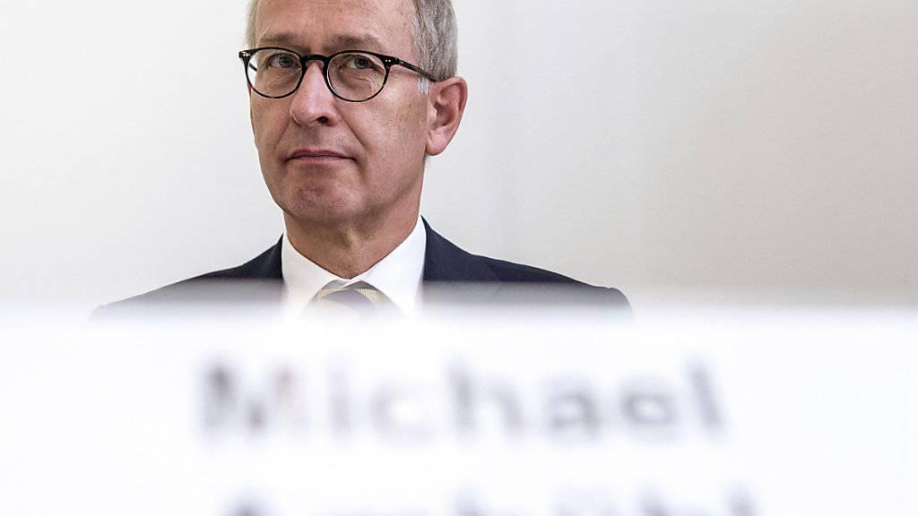 Der ehemalige Top-Diplomat Michael Ambühl warnt, ein neuer Chef im Aussendepartement EDA könne in den Verhandlungen mit der EU gar nicht bei Null anfangen. (Archivbild)