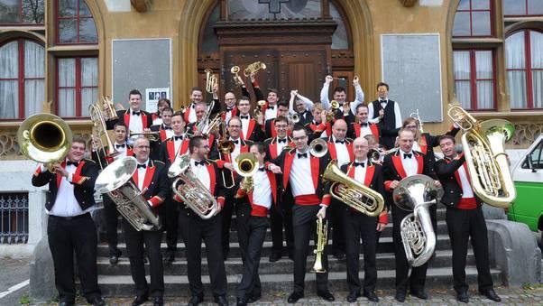 O beraargauer Brass Band in Waltenschwil dabei