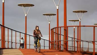 In den Niederlanden gibt es bereits Radwege mit eingebauten Kollektoren.