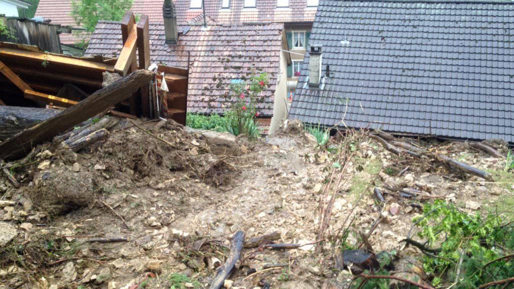 80 Personen mussten nach Murgängen in Grellingen BL vorübergehend evakuiert werden.
