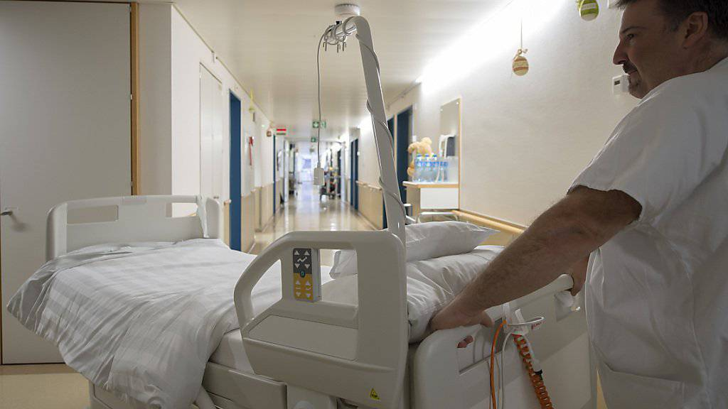 Die Kosten des Gesundheitswesens sind gemäss den provisorischen Zahlen des Bundesamtes für Statistik (BFS) im Jahr 2014 weniger stark gewachsen als im Fünfjahrestrend. (Symbolbild)