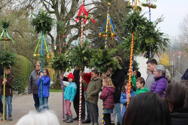 Mit stolz wurden die Palmen in die Kirche getragen