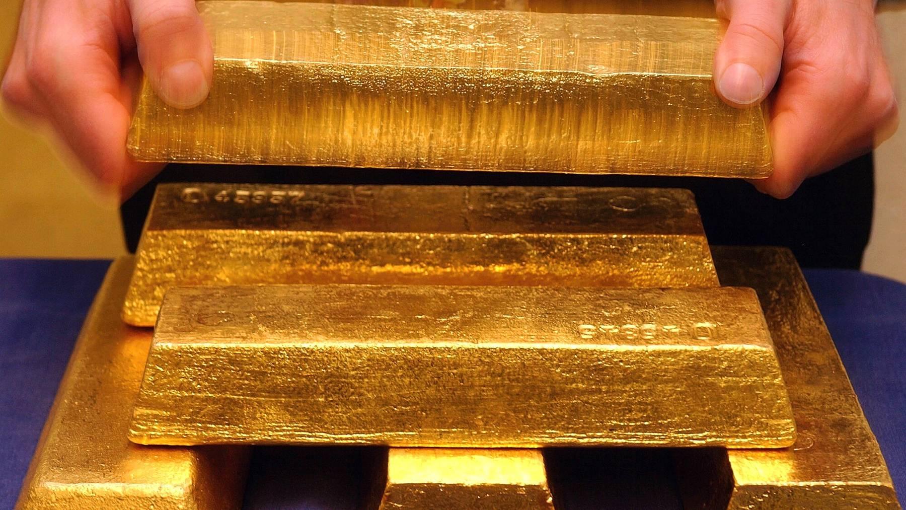 299 Unzen Gold wollte ein Deutscher im Januar 2014 von seinem Konto abheben. Damals entsprach dies einem Wert von rund 350'000 Franken. (Symbolbild)