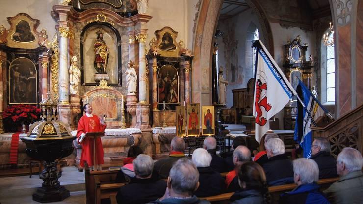 Andacht im Sebastian-Nebenschiff der Stadtkirche für die Schützen mit Diakon Ueli Hess. HRE