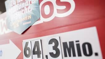 Wenn bei der Lotterie der Rubel rollt, sollen die Gewinne nach Ansicht des Nationalrates nicht mehr besteuert werden. (Symbolbild)