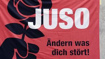 Die JUSO planen eine neue Initiative: Künftig soll Kapital gegenüber Erwerbseinkommen höher besteuert werden. (Symbolbild)