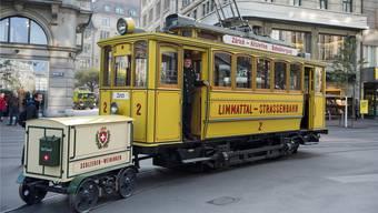 Das Lisebethli wird bei der Eröffnung der ersten Etappe der Limmattalbahn in Schlieren erwartet.
