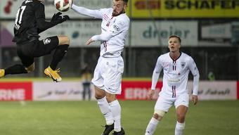 Marco Aratore (rechts) sicherte dem FC Aarau mit dem 3:1 den Heimsieg gegen Thun