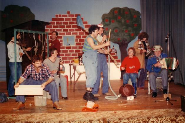 Auch Turnerabende, wie jener 1982, führte der TVD durch. Mittlerweile nennt sich das Angebot Turnshow.