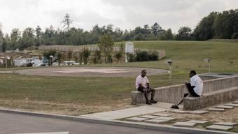 Eingang zur unterirdischen Asylunterkunft in Baden, wo im August vor einem Jahr bei einer Messerattacke ein junger Somalier verletzt worden ist.