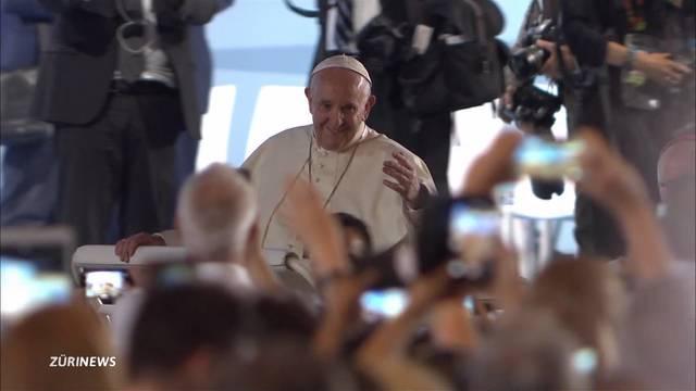 Viele enttäuschte Gläubige nach Papstbesuch