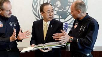 UNO-Generalsekretär Ban im Gespräch mit den Solar-Impulse-Piloten