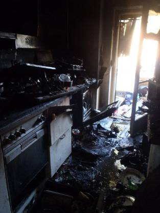 Der Brand eines Mehrfamilienhauses in Birsfelden (3)