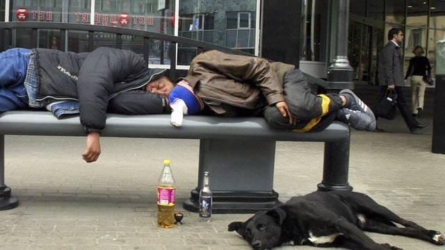 Alkohol tötet - rund 2,5 Millionen Menschen jährlich (Symbolbild)