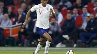 Englands Marcus Rashford zieht Richtung Tor