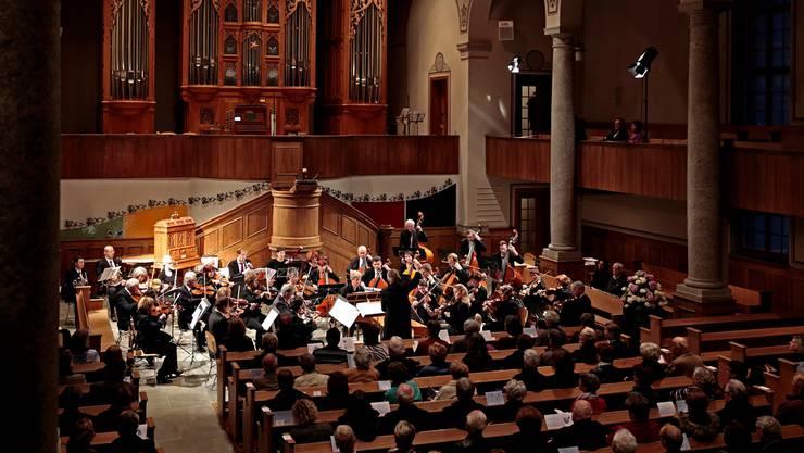 Konzert des Stadtorchesters unter der Leitung von Daniel Polentarutti und Organist Eric Nünlist in der Zwinglikirche. Felix Gerber