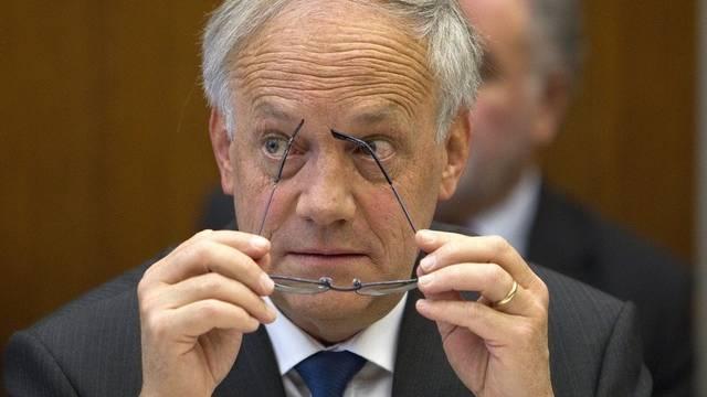 """Bundesrat Schneider-Ammann verfolgt den Frankenkurs """"mit grösster Aufmerksamkeit"""" (Archiv)"""