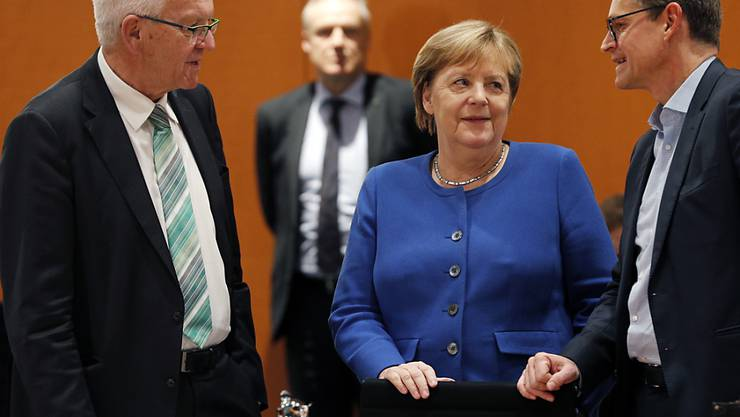 Der baden-württembergische Ministerpräsident, Winfried Kretschmann (links), setzt sich für eine starke Partnerschaft mit der Schweiz ein. Im Ringen um ein Rahmenabkommen zwischen der Schweiz und der EU vermittelt er. (Archivbild)