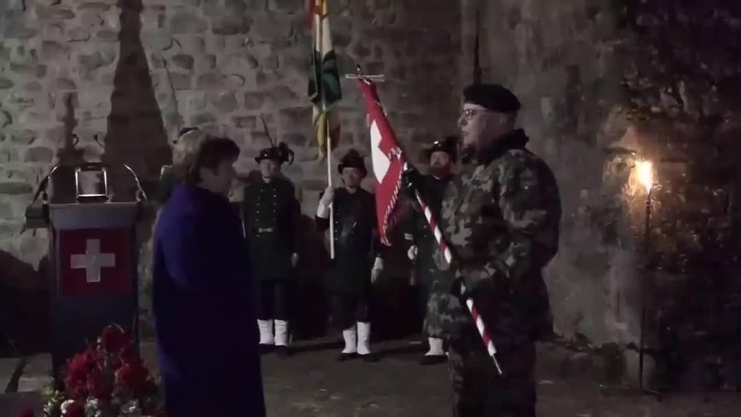 Armee: Standartenübergabe vom alten zum neuen Armeechef