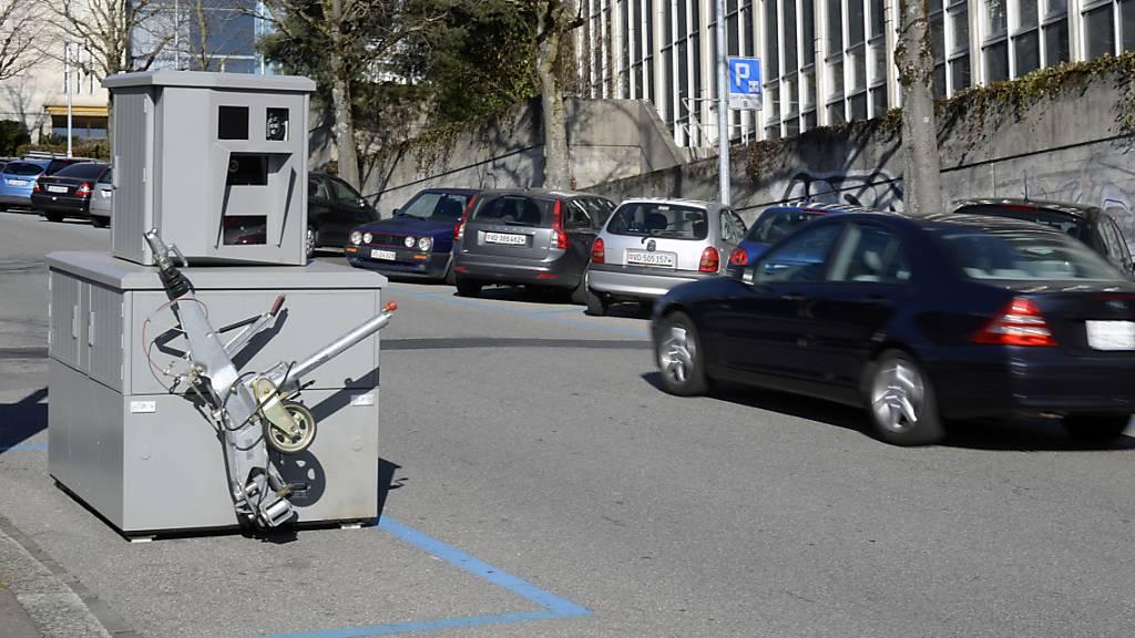 Luzerner Regierungsrat will Blitzer wöchentlich publizieren
