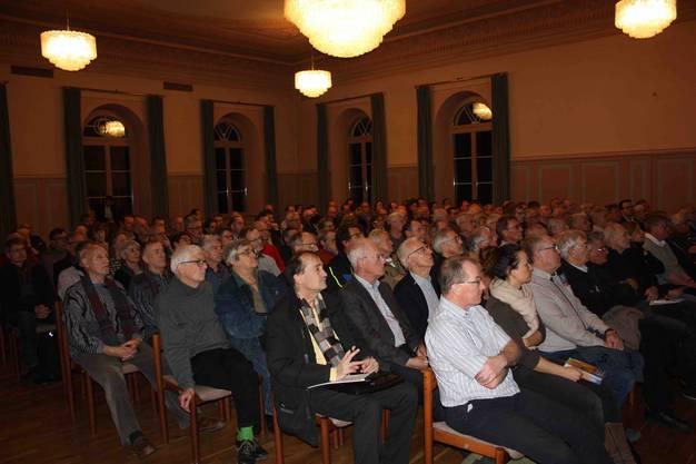 140 Gäste durfte Markus Blättler Geschäftsleiter SWL Energie AG zum Energie-Apéro begrüssen.