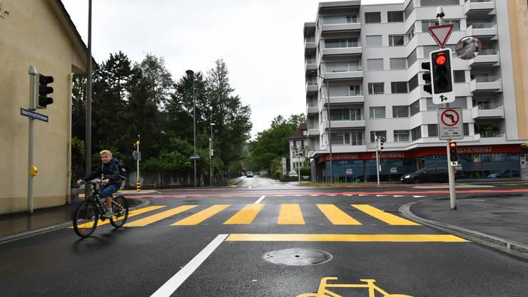 Linksabbiegen am Knoten Ziegelfeldstrasse/Bleichmattstrasse wird bald wieder möglich.
