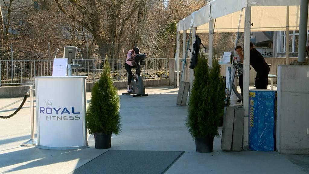 Fitnesscenter im Freien: In Rüti kann ab sofort regelkonform trainiert werden