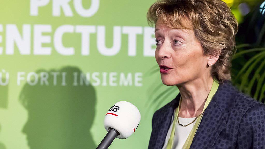 Als Bundesrätin war ihr Wort gefragt, doch Eveline Widmer-Schlumpf lässt sich auch nach ihrem Rücktritt den Mund nicht verbieten und weibelt für ein Ja zur AHV-Reform. (Archivbild)