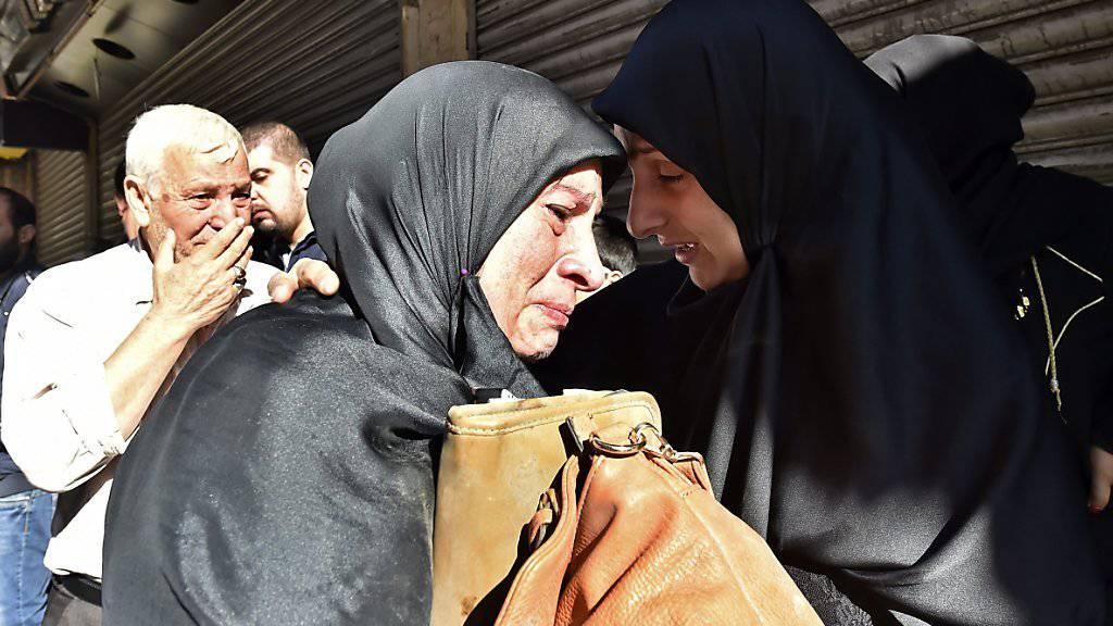 Die Trauer ist gross am Anschlagsort im schiitischen Beiruter Süden.