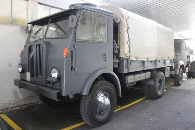 Berna 4CM Lastwagen