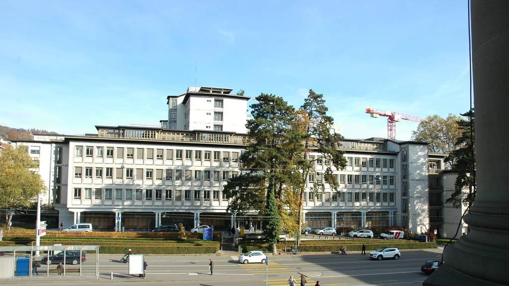 Nach Mängeln in Herzchirurgie: Unispital Zürich beurlaubt Klinikdirektor