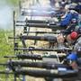 Der Volkssport Schiessen spaltet das Land: Beim neuen Waffengesetz zeigen sich Stadt/Land-, Mann/Frau- und Generationen-Gräben. (Symbolbild)
