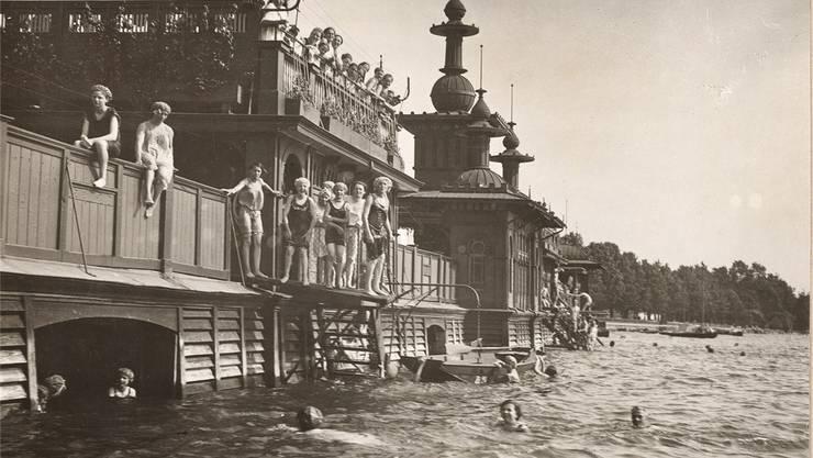1890 wurde das Seebad Utoquai nach Plänen von William Henri Martin erbaut – ein Badepalast war entstanden.zvg