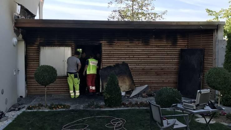 Ein Übergreifen der Flammen auf das Wohnhaus konnte verhindert werden.
