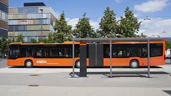 Einer der neuen Gelenkbusse des RBS.