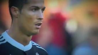 Ronaldo sieht wegen einer Tätlichkeit die rote Karte.