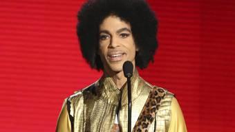 Die Familie des 2016 verstorbenen Musikers Prince will nicht, das US-Präsident Donald Trump die Songs der Popikone spielt. (Archivbild)