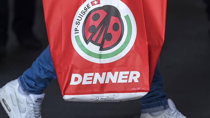 Der Discounter Denner hat 2018 bei Umsatz und Kunden zugelegt (Archivbild).