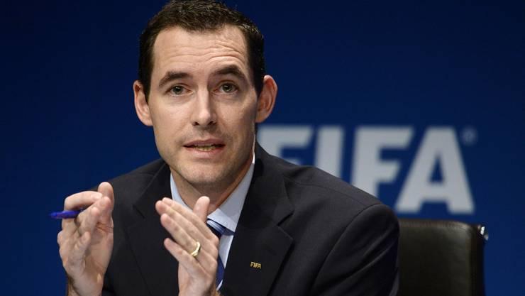 Der stellvertretende Generalsekretär der Fifa hat als einziger hochrangiger Funktionär den langjährigen Präsidenten Sepp Blatter «politisch» überlebt. Er weiss und sieht als Chefjurist der Fifa alles.
