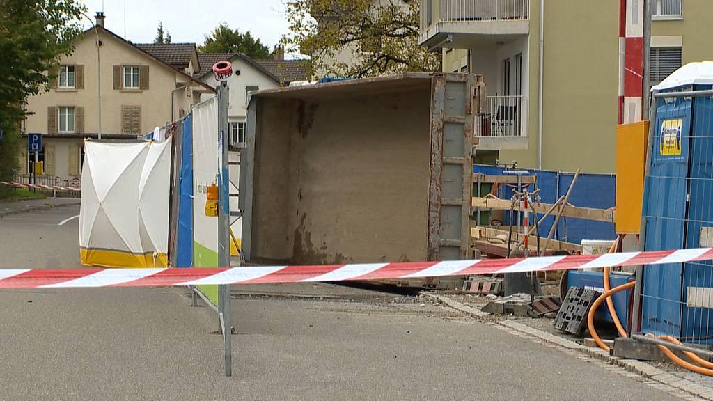 Bauarbeiter von Mulde erschlagen: Tödlicher Arbeitsunfall in Wetzikon ZH