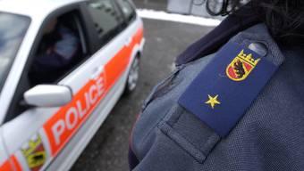 Die Kantonspolizei sucht Personen, die die Tat beobachtet haben.