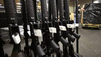 Nachschub aus dem Lager für die Waffenläden: US-Senat will Waffenverkauf strenger regeln (Symbolbild)