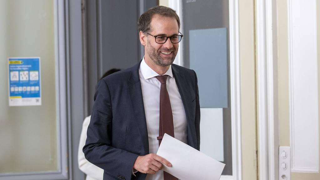 Der Genfer Staatsratspräsident Antonio Hodgers arbeitet bis am 12. Oktober von Zuhause aus.
