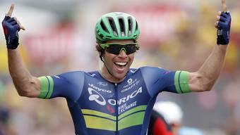 Michael Matthews bejubelt seinen ersten Etappensieg in der Tour de France