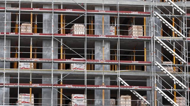 Der Bundesrat will bessere Kontrollen für Schweizer Baustellen (Symbolbild)