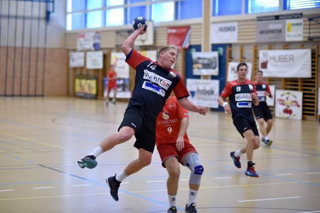 Dynamischer Abschluss am JUMP17 – Sandro Leimgruber vom Herren 1 des TSV Frick Handball.