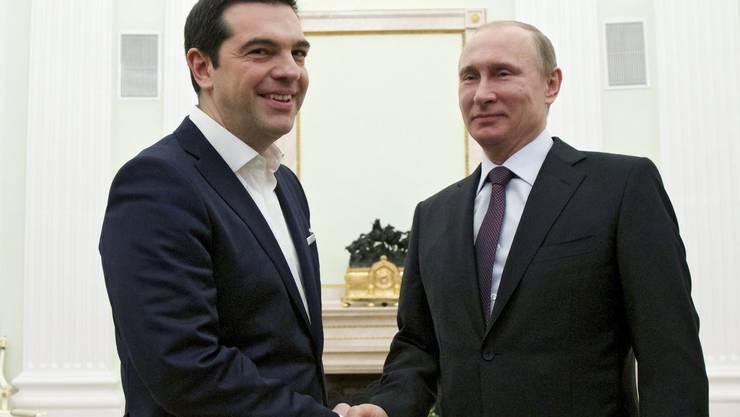 Griechisch-Russisches Gipfeltreffen: Wladimir Putin (r.) empfängt Alexis Tsipras.