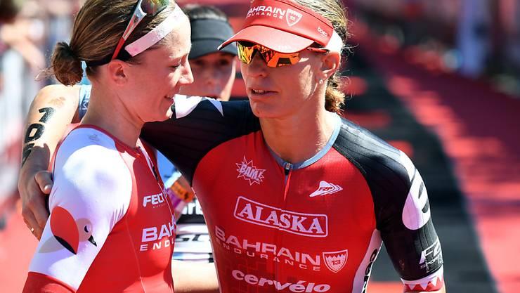 Caroline Steffen (rechts) gewinnt als Mutter erstmals einen 70.3 Ironman. Die Wahl-Australierin war während Jahren die Schweizer Nummer 1 im Mittel- und Langdistanz-Triathlon, ehe Daniela Ryf (links) die internationale Konkurrenz zu dominieren begann